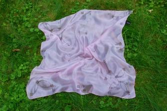 Malované hedvábné šátky a šály  0713249121